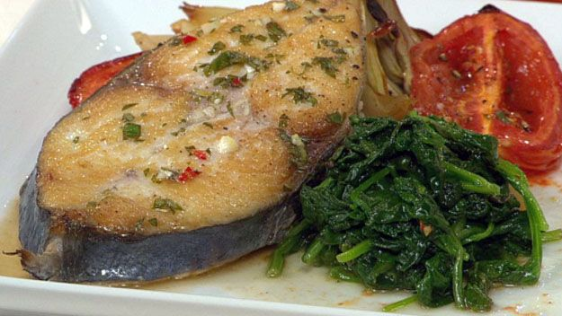 Roasted fennel and tomato with mackerel