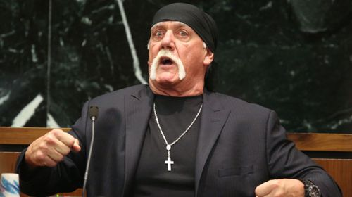 Hulk Hogan admits he doesn't have a 10-inch penis
