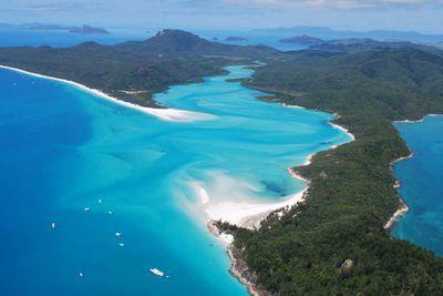 2. Whitehaven Beach in Queensland, Australia