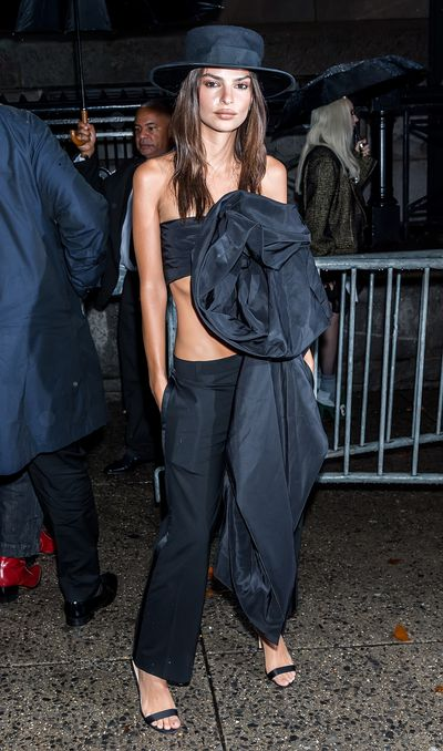 Emily Ratajkowski is seen arriving to Marc Jacobs SS19 fashion show during New York Fashion Week at Park Avenue Armory on September 12, 2018.