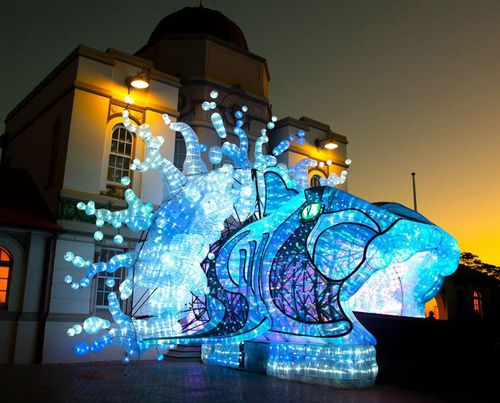 30,000 tourists from China alone have already booked their tickets for the festival. Picture: Vivid Sydney.