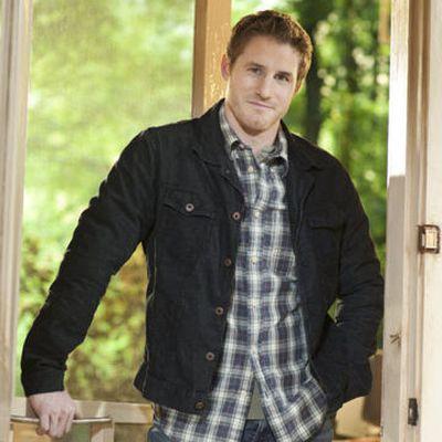 Sam Jaeger as Joel Graham
