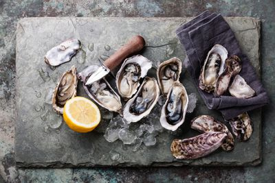 <strong>Oysters</strong>