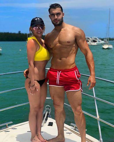 Britney Spears, boyfriend, Sam Asghari, beach
