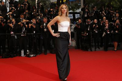 For her debut Cannes appearance last year Jen stunned in a simple monochrome gown from Dior. And she didn't fall over on the red carpet! We call that a win.
