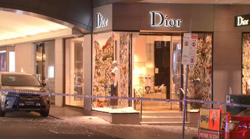 Dior store in Melbourne's CBD ram-raided by thieves in balaclavas