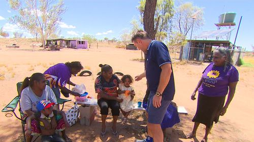 Pat Cash travelled to Alice Springs after reading an article posted online.
