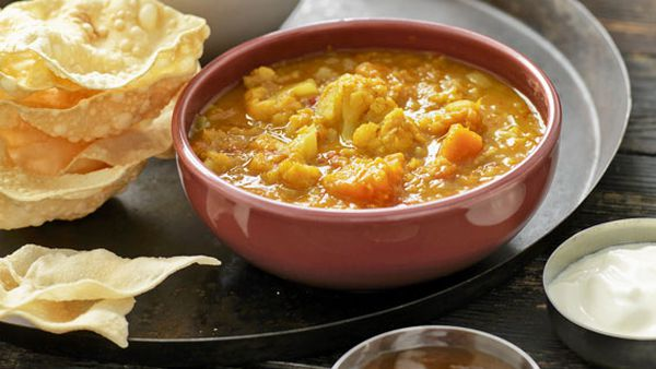Weight Watchers' pumpkin and cauliflower dhal