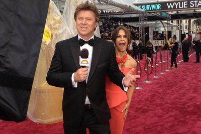 @thetodayshow: Check out this photobomb! @RichardWilkins @Lisa_Wilkinson #Oscars
