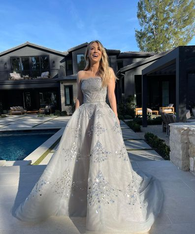 Kaley Cuoco poses in stunning gown from her house