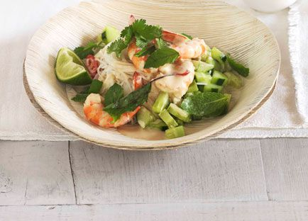 Poached prawns with rice noodles, cucumber and Thai herbs