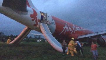Passenger Jet Damazo-Santos took this photo of the stricken AirAsia Zest jet. (Twitter/Jet Damazo-Santos)