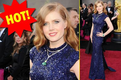 For once Amy doesn't look like a Home Brand Nicole Kidman. And isn't dressed like an 80-year-old. Gold star!