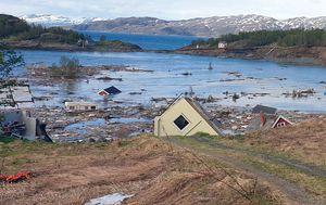 Powerful landslide sweeps Norway houses into sea