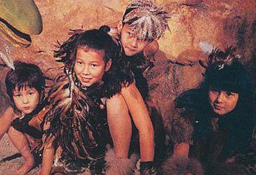Daily Quiz: The Tin Lids were the children of which Australian singer?