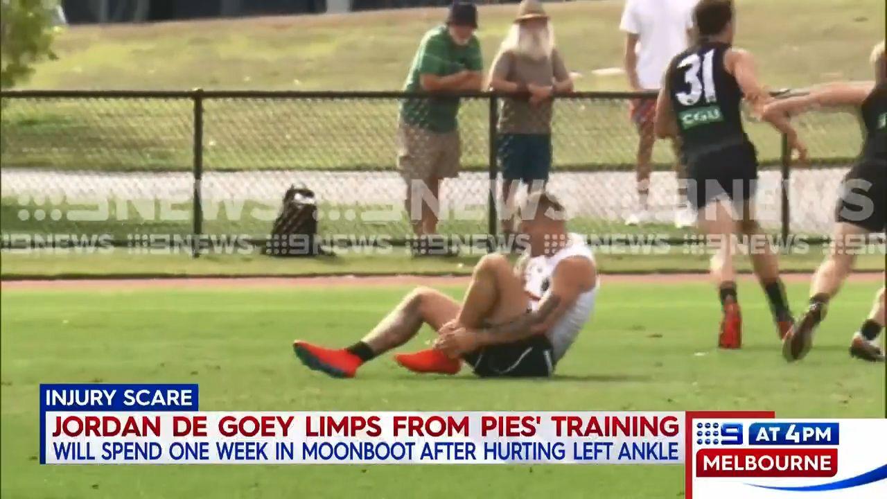 Collingwood star Jordan de Goey suffers 'mid-foot sprain' in training mishap