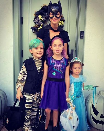 Princess Madeleine and her children celebrate Halloween, October 2020