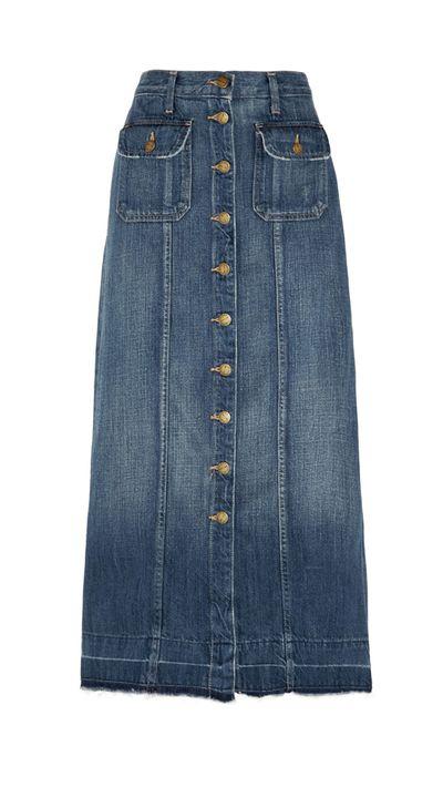 <p>Long skirt</p>