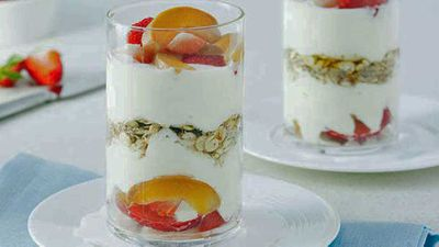 <strong>Rolled barley fruit trifle</strong>