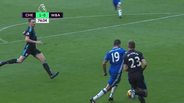 Chelsea reclaim top spot