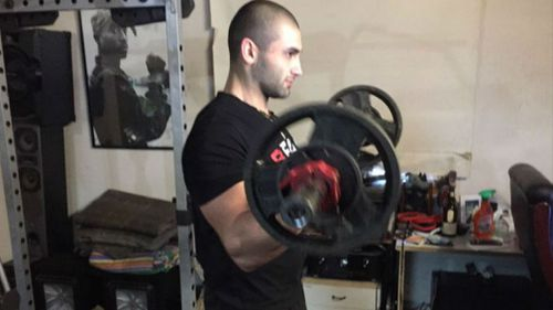 Jamil Mokbel working out after chasing down car thieves. (9NEWS/Christine Ahern)