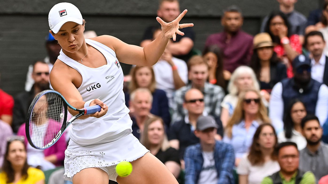 Wimbledon 2021: Crowd turned away from Ash Barty as she threatened brutal final rout