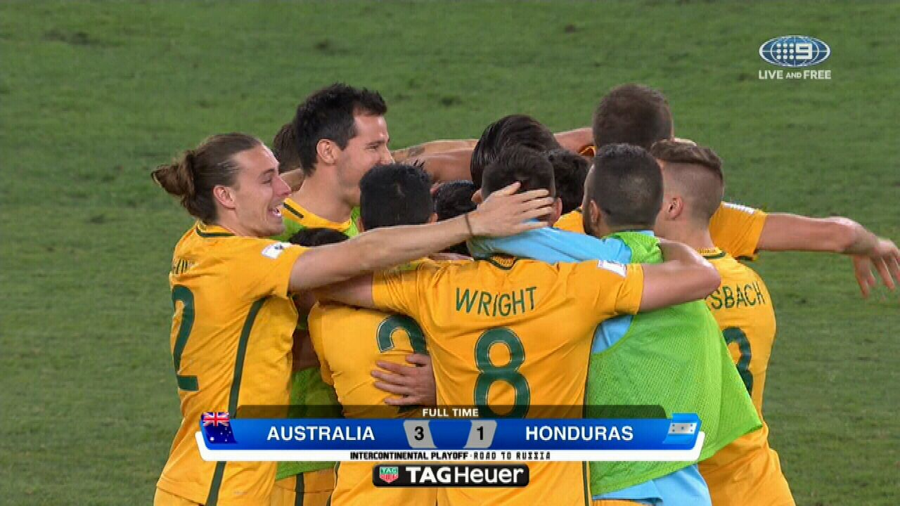 Socceroos celebrate qualifying win