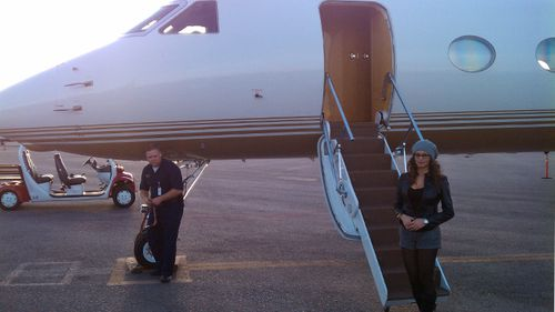 RJ Cipriani's wife, Greice Santo, prepares to board a private jet headed for Las Vegas. (Supplied)