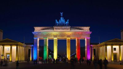 Berlin showed its support by lighting up the Brandenburg Gate. (Twitter)