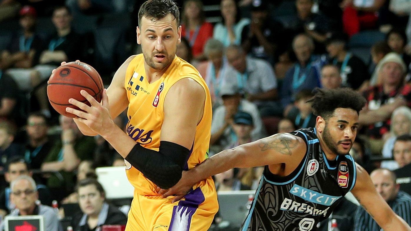NBL: Andrew Bogut dominates as Sydney Kings pip New Zealand Breakers