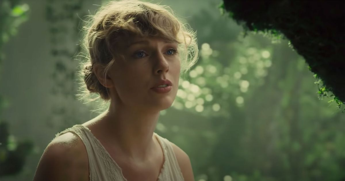 Taylor Swift's new indie album folklore earns rave reviews from critics and fans – 9TheFIX