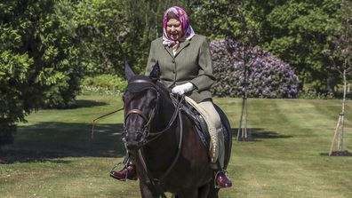 Queen riding horses at Windsor