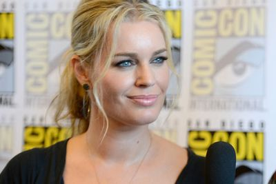Actress Rebecca Romijn looks flawless, as per usual.