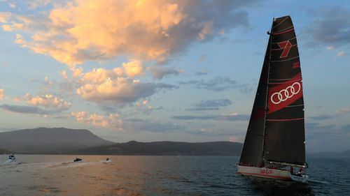 Wild Oats sails into River Derwent at the finish of the Sydney to Hobart Yacht Race. (AAP)