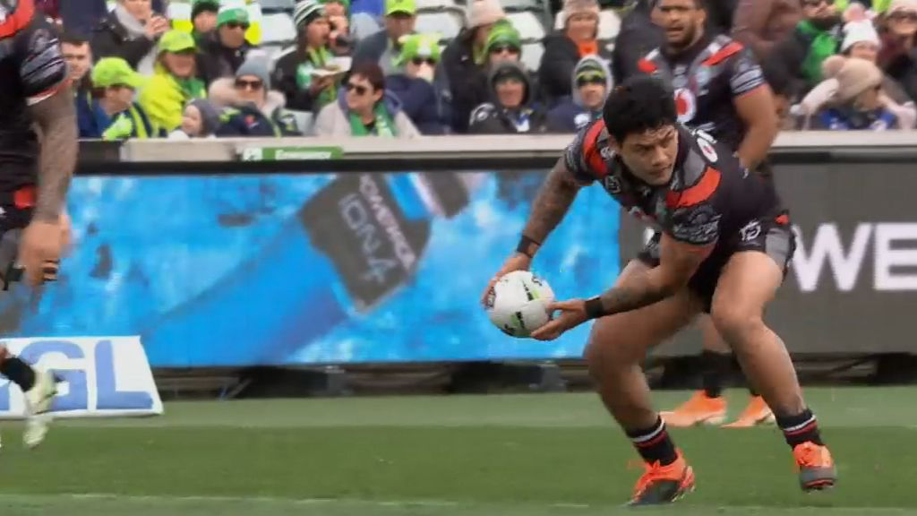 NRL rivals to loan players to depleted Warriors as embattled club attempts to play on