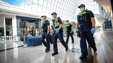 Chadstone shopping centre outbreak linked to household cluster