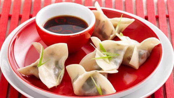 Steamed spinach & shitake dumplings