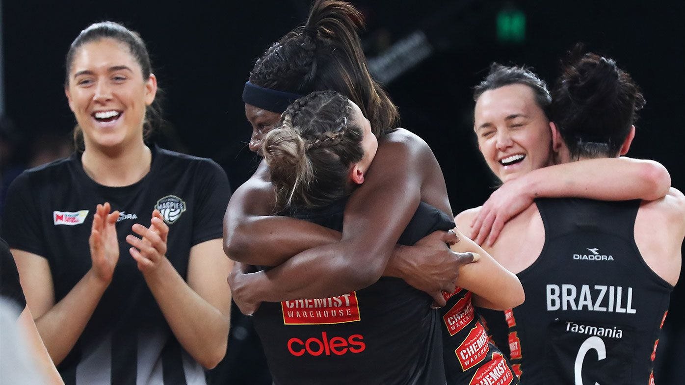 Collingwood Magpies book finals berth in dying minutes of thrilling regular season finale