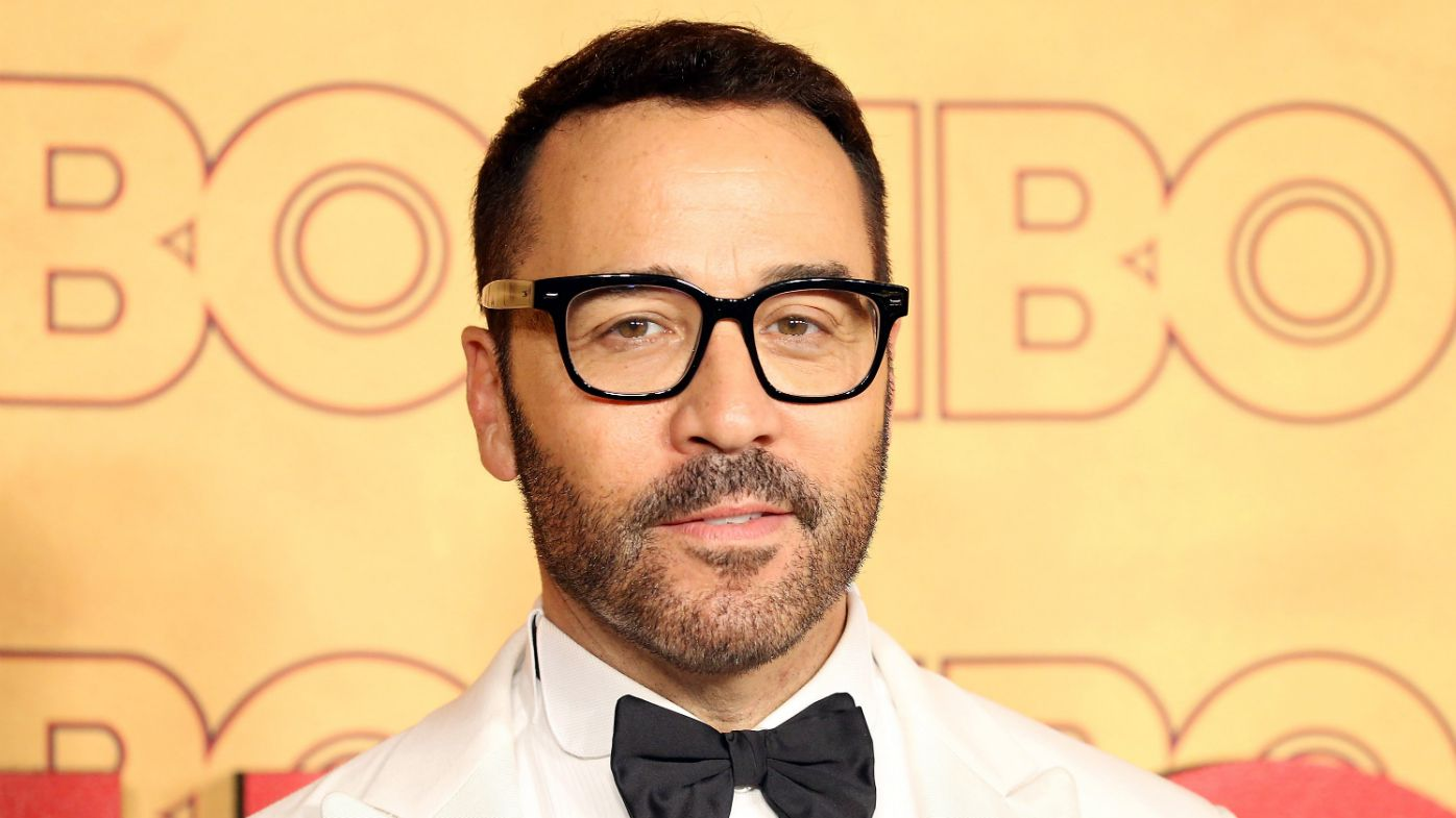 Jeremy Piven accused of groping actress on Entourage set