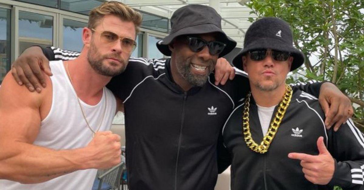 Chris Hemsworth Idris Elba and Matt Damon attend '80s themed birthday party in Australia – 9TheFIX