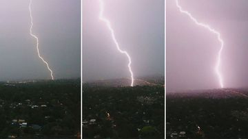 Lighting bolts hammer Melbourne. (Joel/Melbourne Storm Chasers)