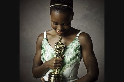@vanityfair: Congratulating the incredible @lupitanyongo on her win. Photo by @markseliger #vfoscars #effortless