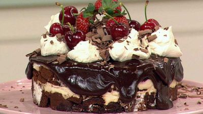 "Recipe:&nbsp;<a href=""https://kitchen.nine.com.au/2016/05/19/14/37/black-forest-trifle-cake"" target=""_top"">Black forest trifle cake</a>"