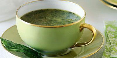 Cos lettuce and basil soup