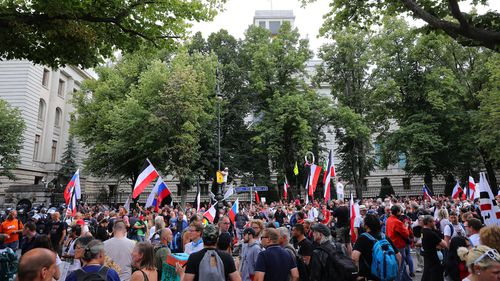 Coronavirus skeptics and right-wing extremists march in protest against coronavirus-related restrictions and government policy on August 29, 2020 in Berlin, Germany.
