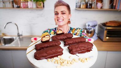 Jane de Graaff's simplest ever, five-ingredient, healthier snickers bars