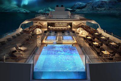 <strong>Infinity pool - MS Roald Amundsen</strong>