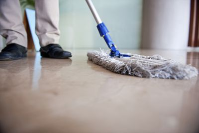 <strong>Mopping - 170 calories an hour</strong>