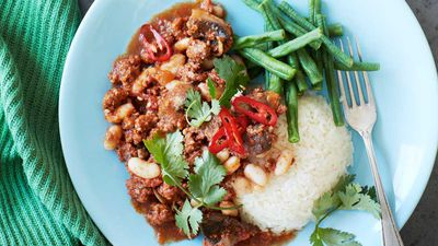 Portugese minced lamb with white beans