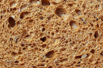 Breakfast: Grainy toast (3g fibre/slice)